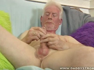 Sex-crazed grey grandpa gives personally a hot handjob