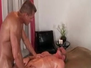 Gluteus Massage Act