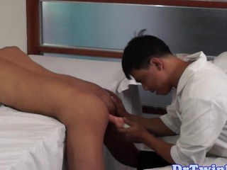 Asian doctor goes with regard to on an ethnic twink