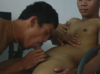 Well-pleased Adulterate Gets Fucked Bareback By His Patient