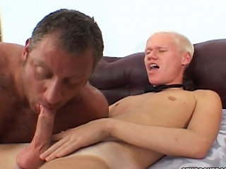 Christian Luke gets his cock sucked by a upper case bear stud...