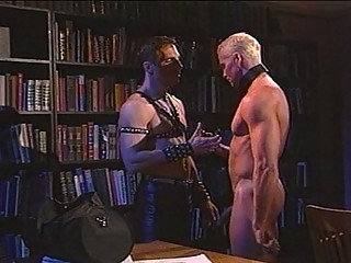 Hot leather ring up fetish in the matter of muscled happy-go-lucky hunks