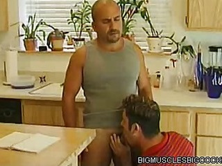 Hot Bodybuilder Kitcken Intrigue b passion
