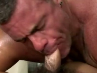 Amateur straighty gets sucked gone by blissful bear